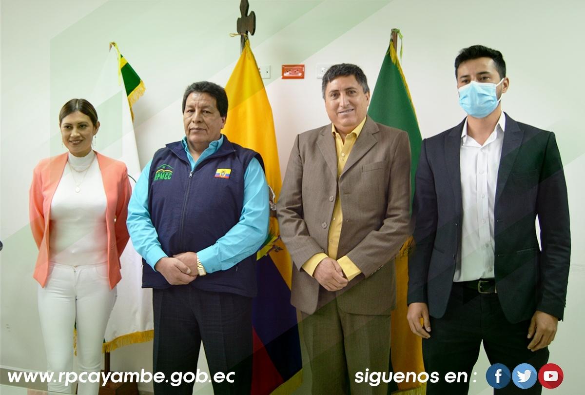 VISITA DEL DIRECTOR REGIONAL DE LA ZONA 1 y 2 DE LA DIRECCIÓN NACIONAL DE REGISTROS  PÚBLICOS, Dr. BAYARDO BENALCÁZAR LARA